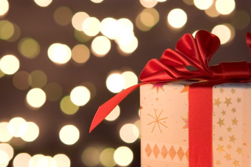 10 Ways to Make Some Quick Extra Money For Christmas